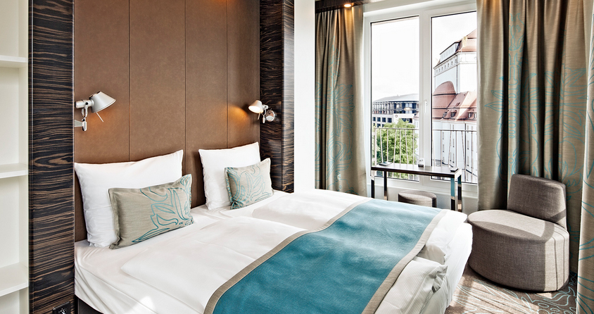 Motel one mit 19 neuen standorten leadersnet for Breckle motel one