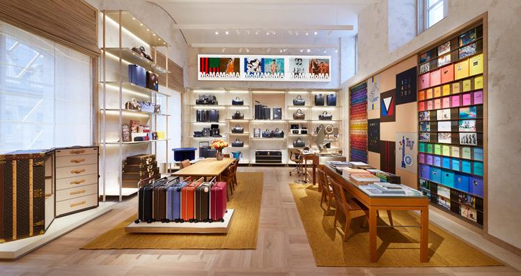 14875fb427f05 Wiedereröffnung des ersten Stores von Louis Vuitton in Paris ...