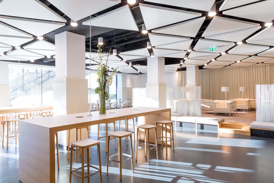 Austria Center Vienna Etabliert Innovative Foyer Caf 233 S F 252 R