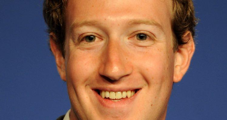 Nach Datenskandal kehren erste Unternehmen Facebook den Rücken