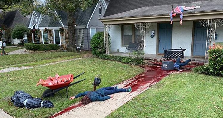 Zu Realistische Halloween Deko Sorgt Fur Mehrere Polizeieinsatze Leadersnet